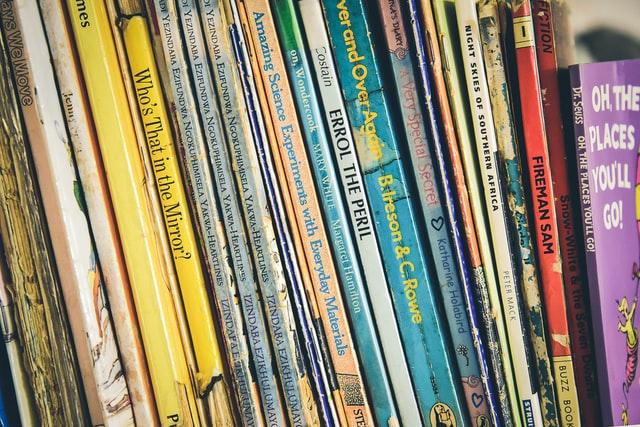Een kindervoorstelling op school voor tijdens de Kinderboekenweek 2021